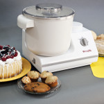 WonderMix Stand Mixer with food